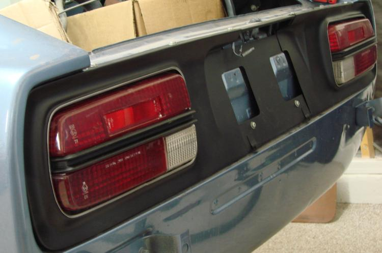 240Z taillight panel