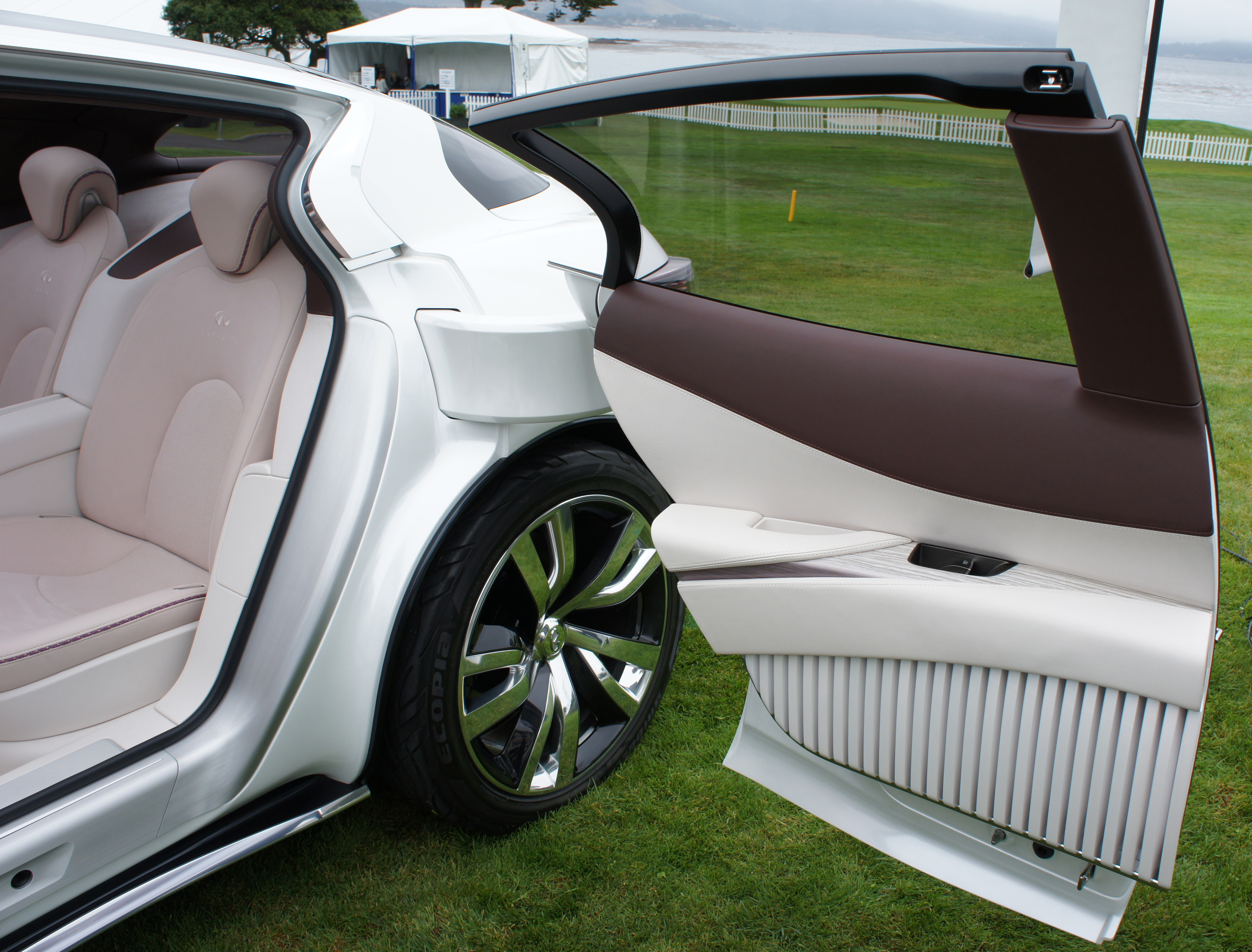 Nicoclub Attends Us Debut Of Infiniti Etherea Concept At Pebble Beach