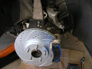 Replace_G35_brakes (9)