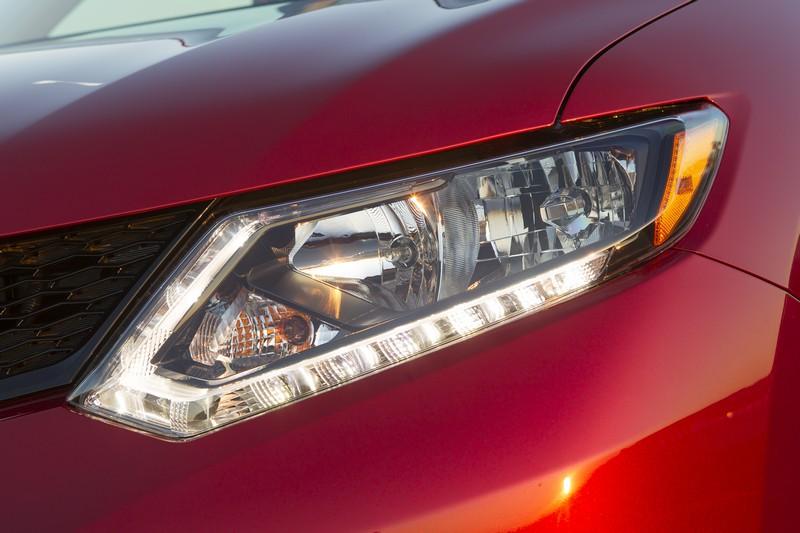 Nissan Rogue Recall >> 2014 Nissan Rogue Review: A Bigger and Badder Scoundrel