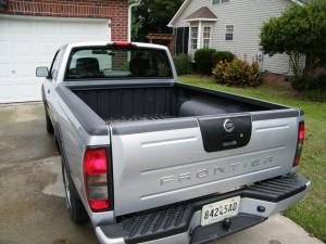 Installing a TruXedo Truxport Tonneau Cover on a Nissan Frontier