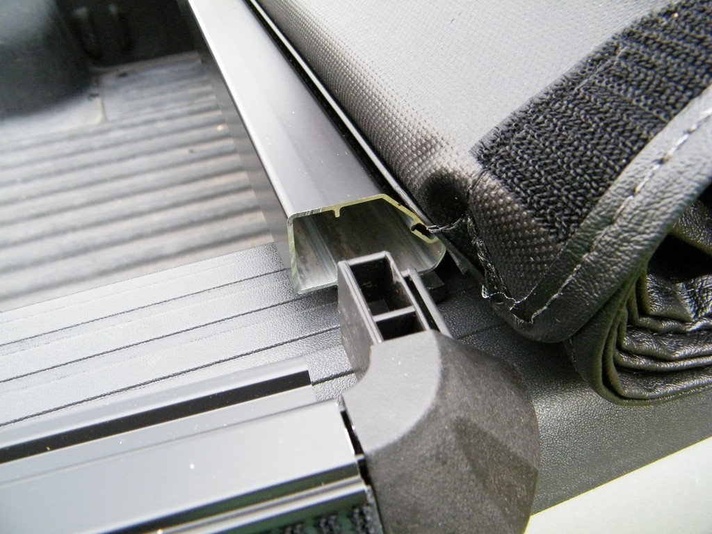 truxedo_truxsport_tonneau_cover_08