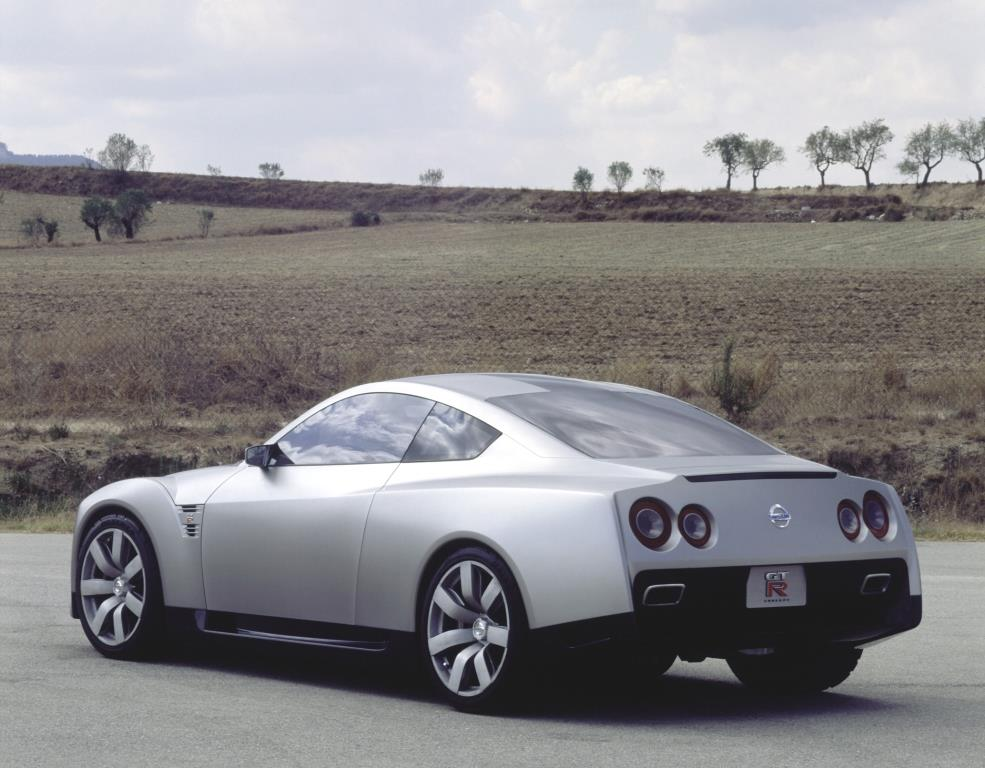 GT-R_concept_2001 (3)