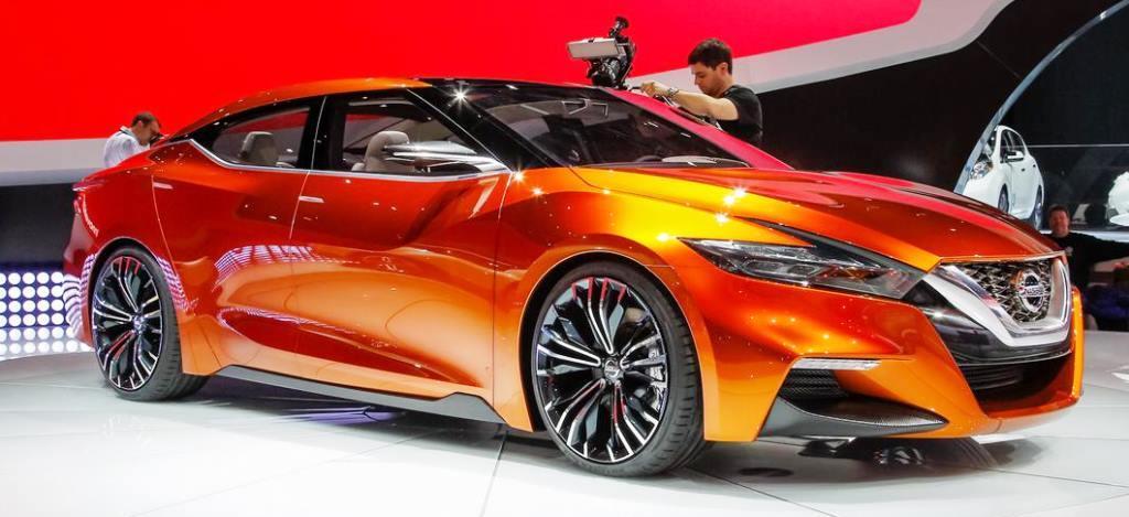 2016-Nissan-Maxima-1