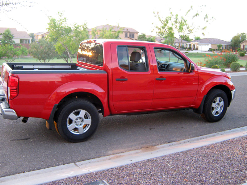 2005 nissan frontier review crew cab se 4x4. Black Bedroom Furniture Sets. Home Design Ideas