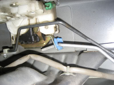 nissan_door_latch_mechanism_repair (2)