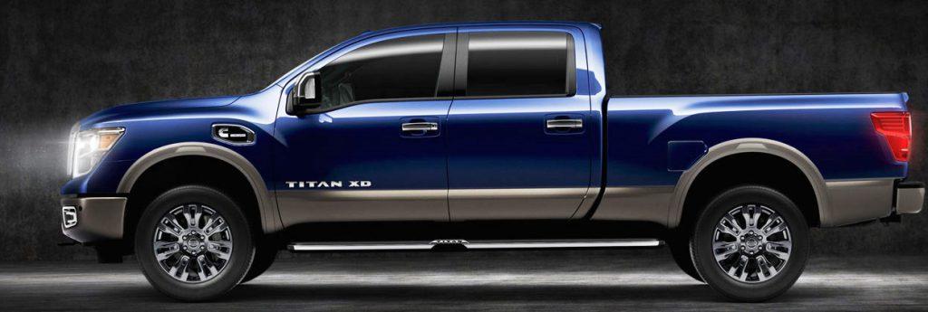 2016-Nissan-Titan-01