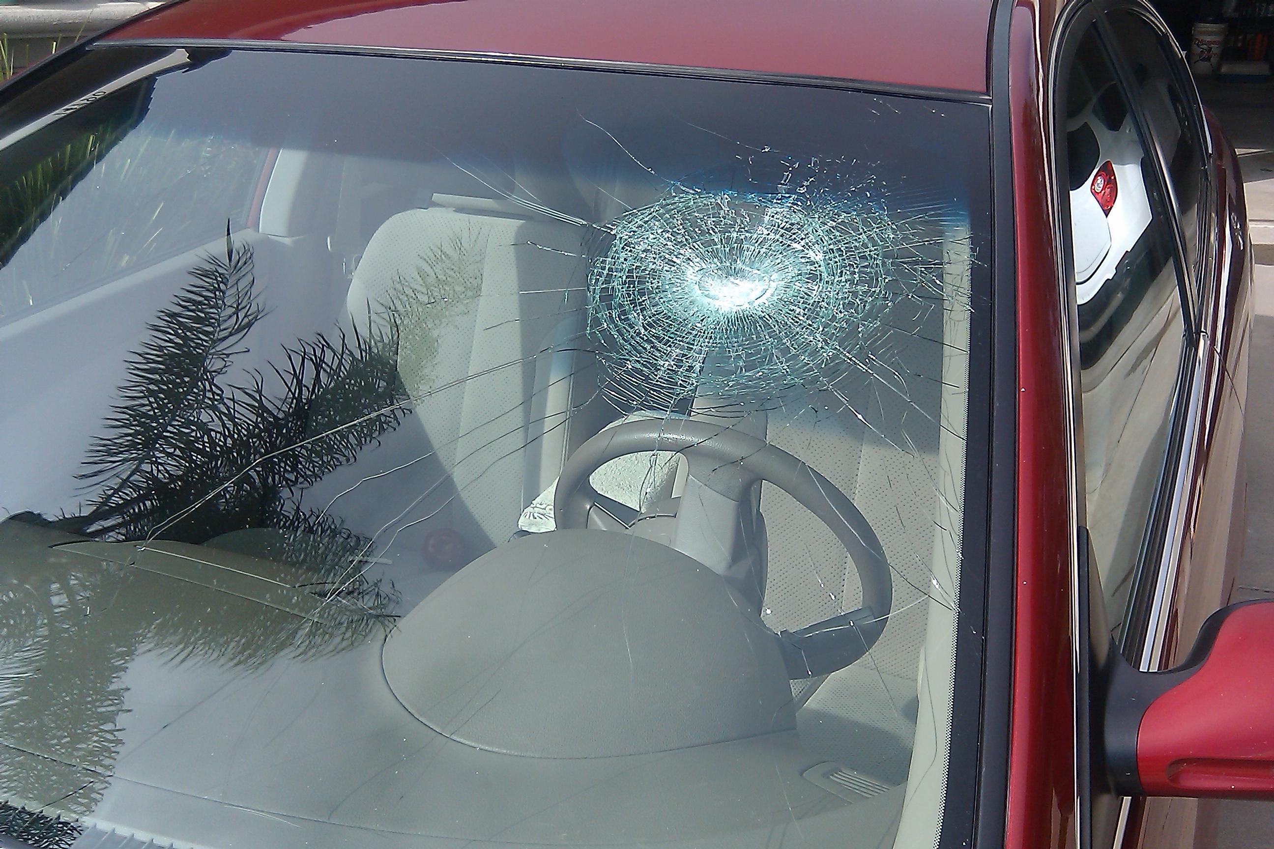 Car Glass Repair Service